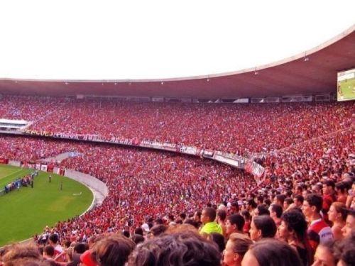 O Flamengo continua sendo clube com o maior número de torcedores no Brasil.  Mas e5563d7072a41